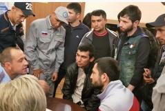 В Петербурге продолжают свою работу бесплатные юридические выездные мероприятия для мигрантов
